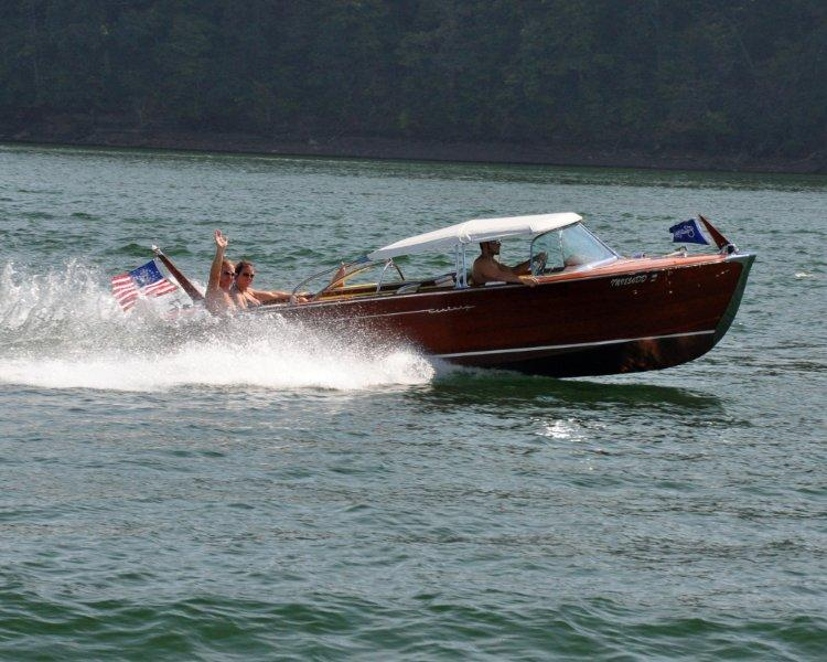 ol boats DHL